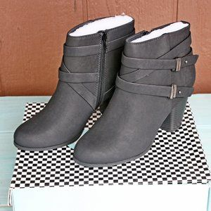 Undine Belted Ankle Boots Heeled Black - NO BOX